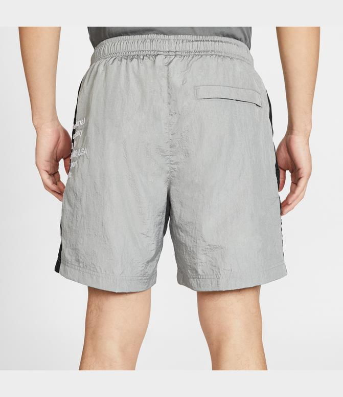 proporcionar un montón de famosa marca de diseñador mayor selección de 2019 Men's Nike Sportswear SWOOSH Woven Shorts   Finish Line