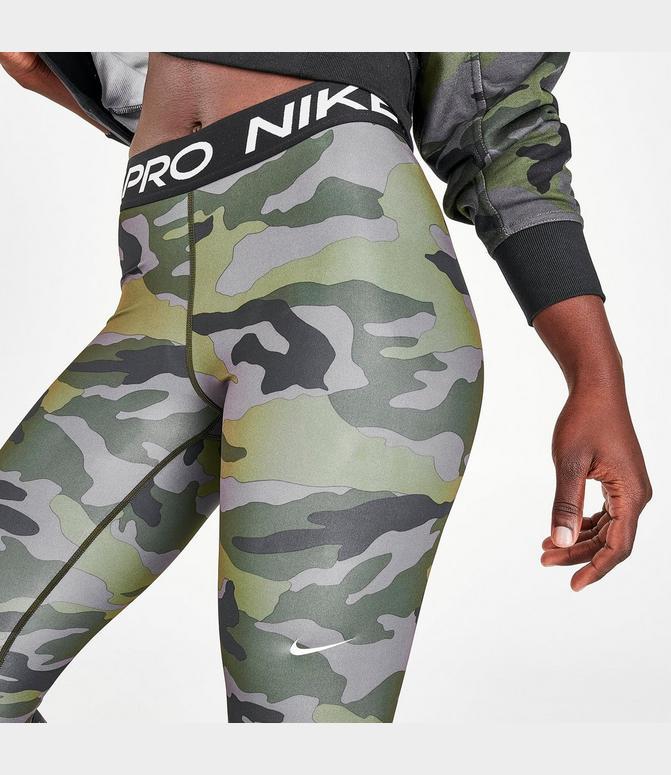 Desviación proteger alto  Women's Nike Pro Cropped Camo Training Tights| Finish Line