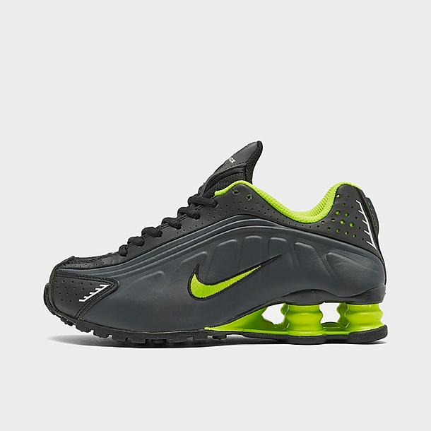 nike sportswear shox r4