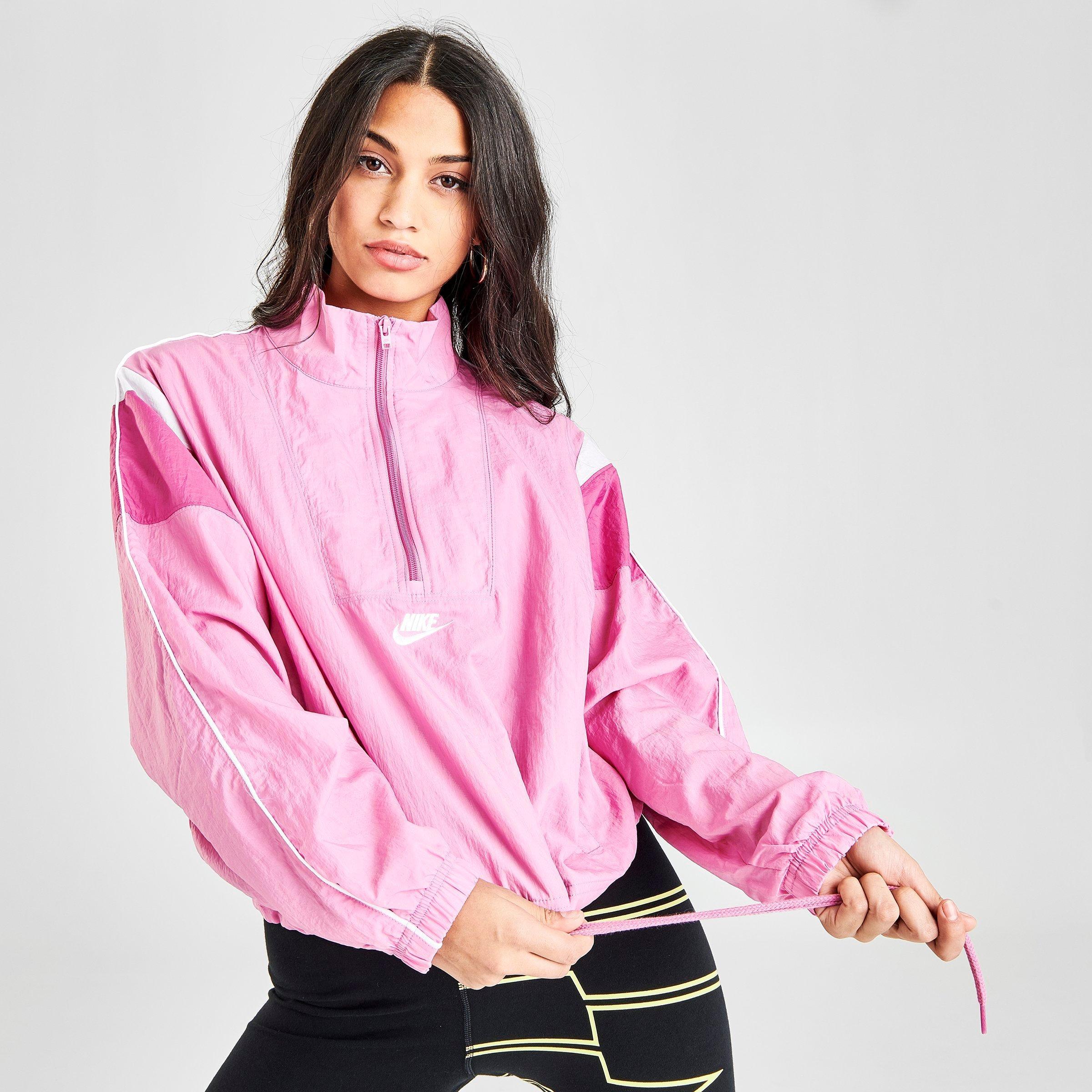 Ciudadano Traducción sufrir  Nike Nike Women's Sportswear Woven Heritage Wind Jacket in Pink Size Small  from Finish Line   shefinds
