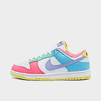 Image of WOMEN'S NIKE DUNK LOW SE - AVAILABLE IN APP & STORES
