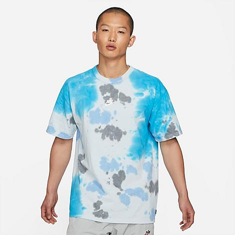 Nike Men's Sportswear Essential Tie-Dye T-Shirt in Blue/Laser Blue Size Large 100% Cotton Size & FitLoose fit is oversized and roomy Product FeaturesLightweight cotton construction Rounded, ribbed neckband Allover tie-dye print for style 100% cotton Machine wash The Nike Sportswear Essential Tie-Dye T-Shirt is imported. Stand out from the crowd this season when you step up your game in the Men's Nike Sportswear Essential Tie-Dye T-Shirt. An oversized fit makes it on-trend while the tie-dye print ensures you stand out from the crowd. Size: Large. Color: Blue. Gender: male. Age Group: adult. Nike Men's Sportswear Essential Tie-Dye T-Shirt in Blue/Laser Blue Size Large 100% Cotton