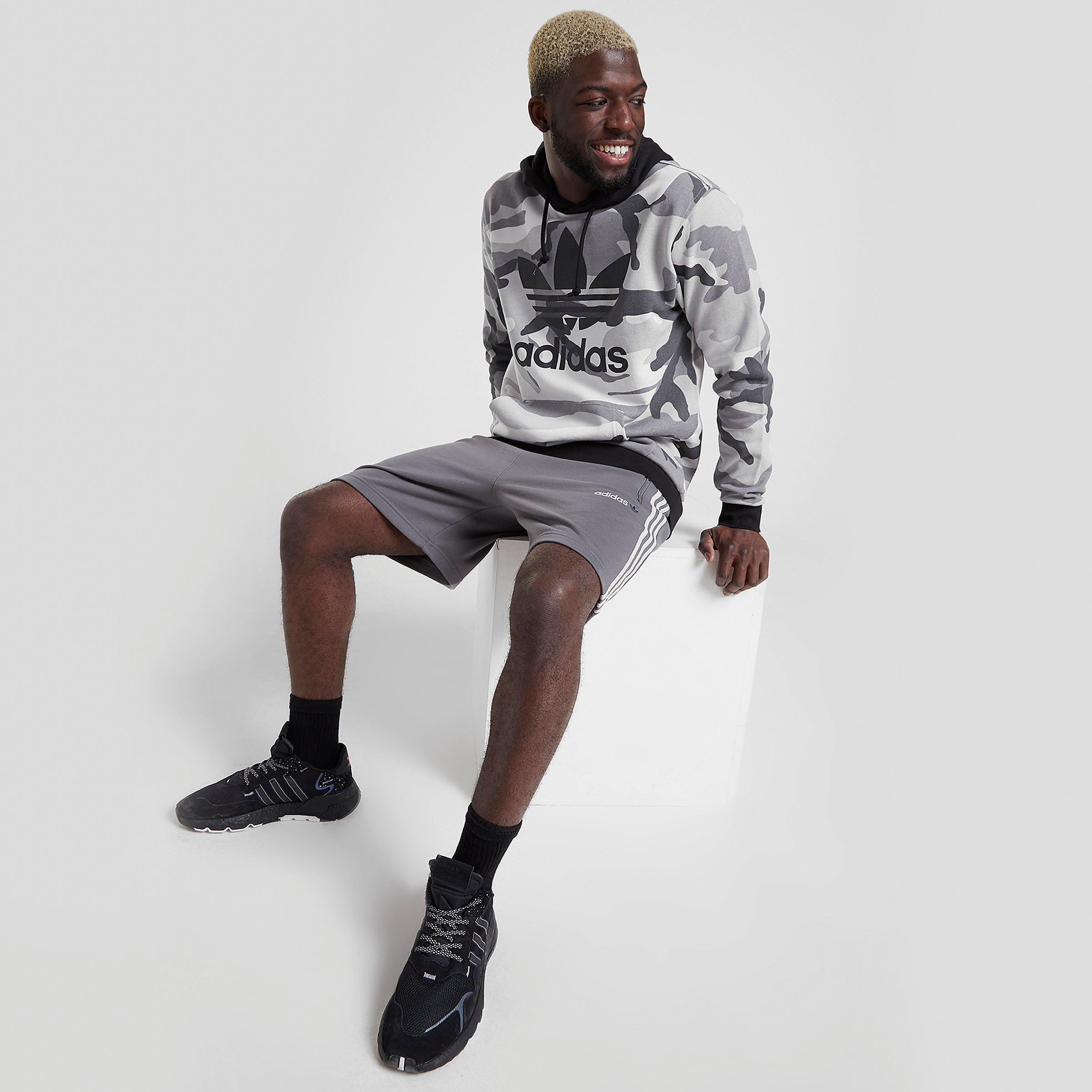 adidas originals linear 2.0